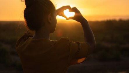 Бог есть любовь и свет. Но откуда в мире столько зла и ненависти?